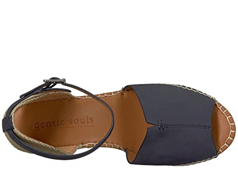 715982ed0da Gentle Souls by Kenneth Cole Charli | 6pm