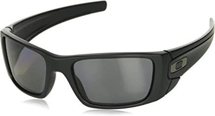 4b9115fa0458 FREE Shipping on eligible orders. Oakley Men s FuelCell Sunglasses