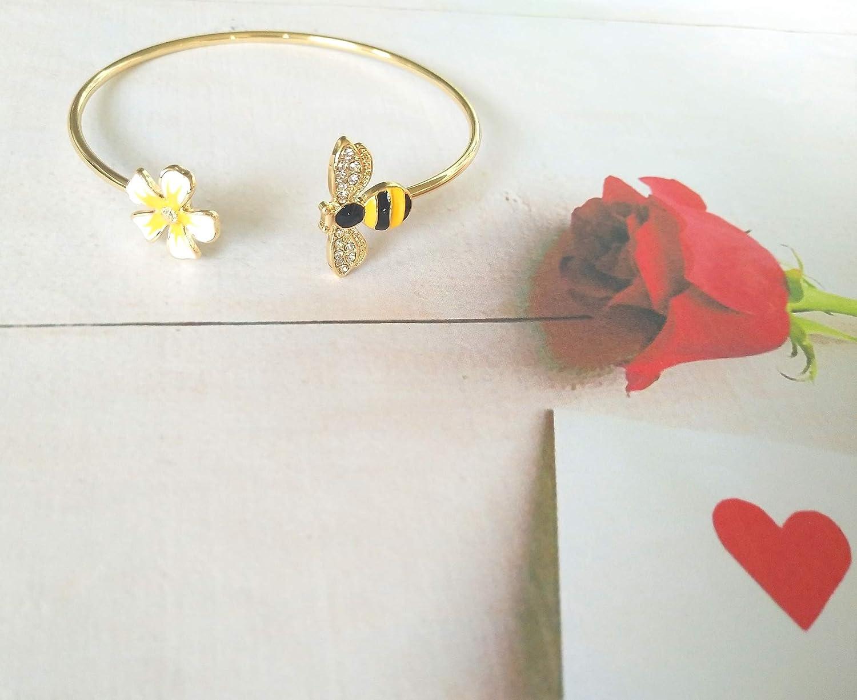 MANZHEN Fashion Yellow Flower and Honey Bee Adjustable Charm Bangle Bracelet Women Jewelry