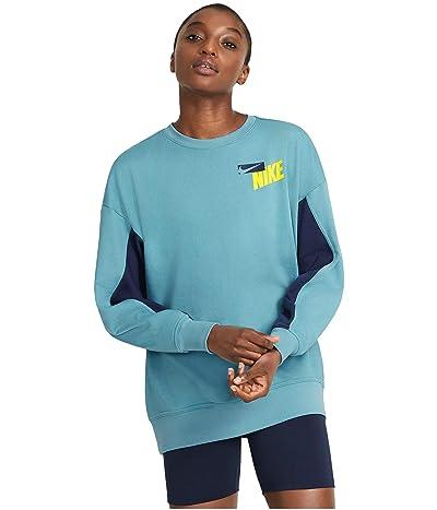 Nike Dry Get Fit Fleece Color-Block Graphic Crew