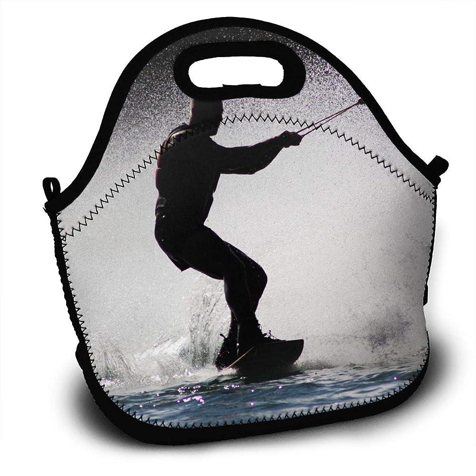 同盟汚いブラシ水上スキーを楽しむ男 ランチバッグ 大容量弁当バッグ トートバッグ 手提げバッグ お弁当入れバッグ 面白い 通勤 通学 バッグ 可愛い 創意柄