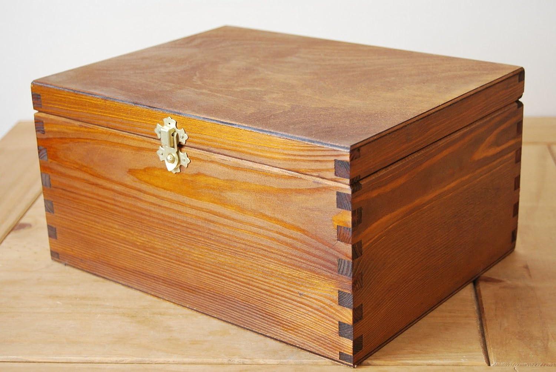 Generic  IN WOOD WOODE WOODEN BOX IN W IN BROWN IN BROWN CO MEDIUM PLAIN WOOD COLOUR