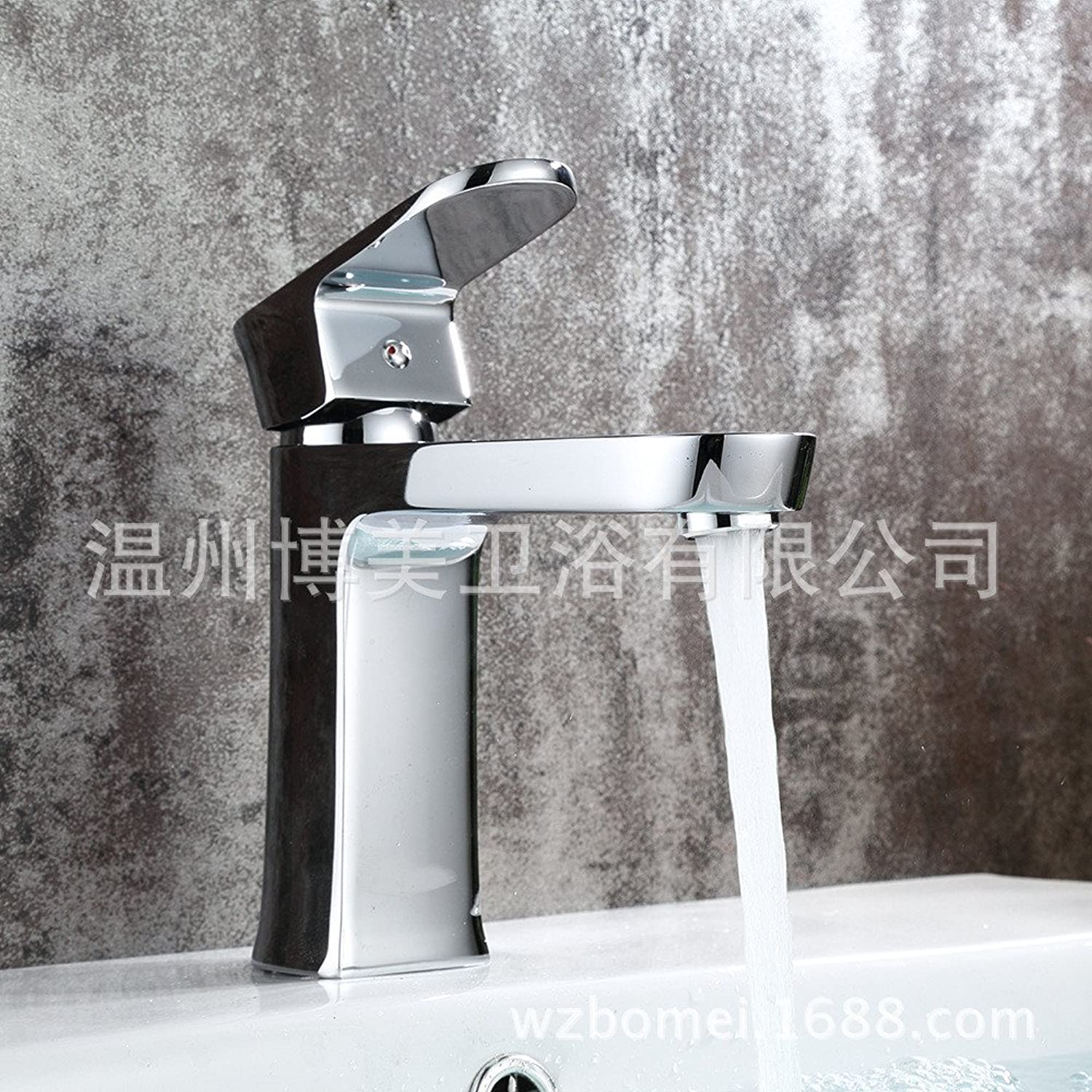 Hlluya Professional Sink Mixer Tap Kitchen Faucet The Brass chrome faucet basin cold water tap.