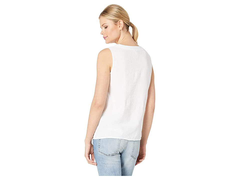 Tribal Crinkle Gauze Sleeveless Blouse with Pockets (White) Women's Blouse
