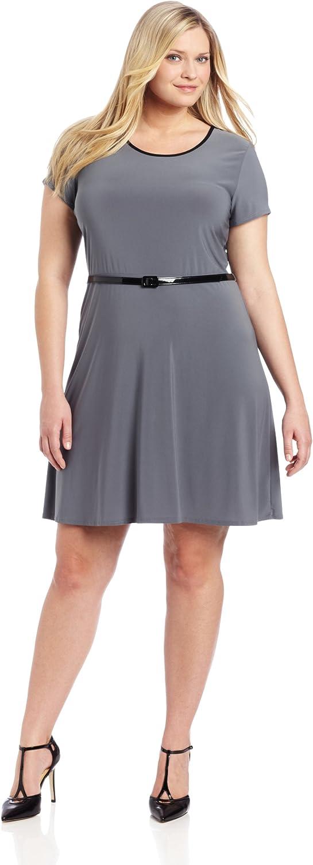 Star Vixen Women's Plus-Size Short Sleeve Triplekeyhole Skater Dress