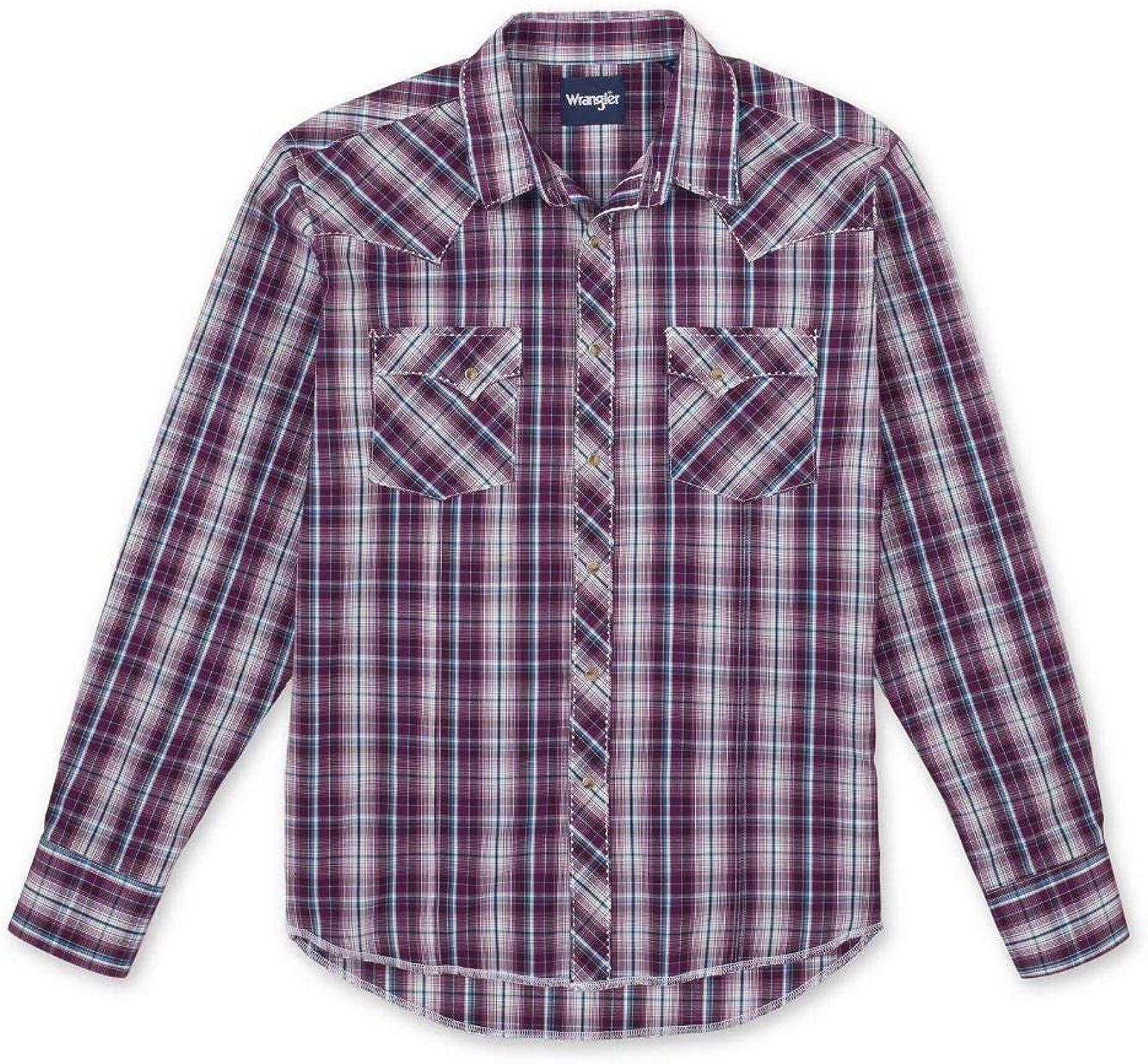 Wrangler Men's Western Fashion Two Pocket Long Sleeve Snap