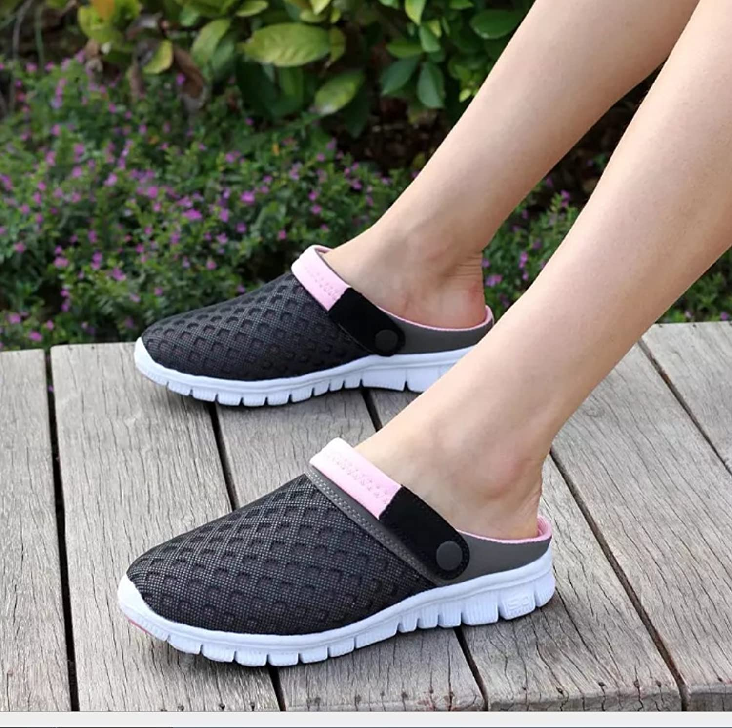 Men and Women Large Size Couples Slippers Mesh Breathable Sandals Sweat Breathable Two Wear Slippers Sandals Summer Outdoor Hiking