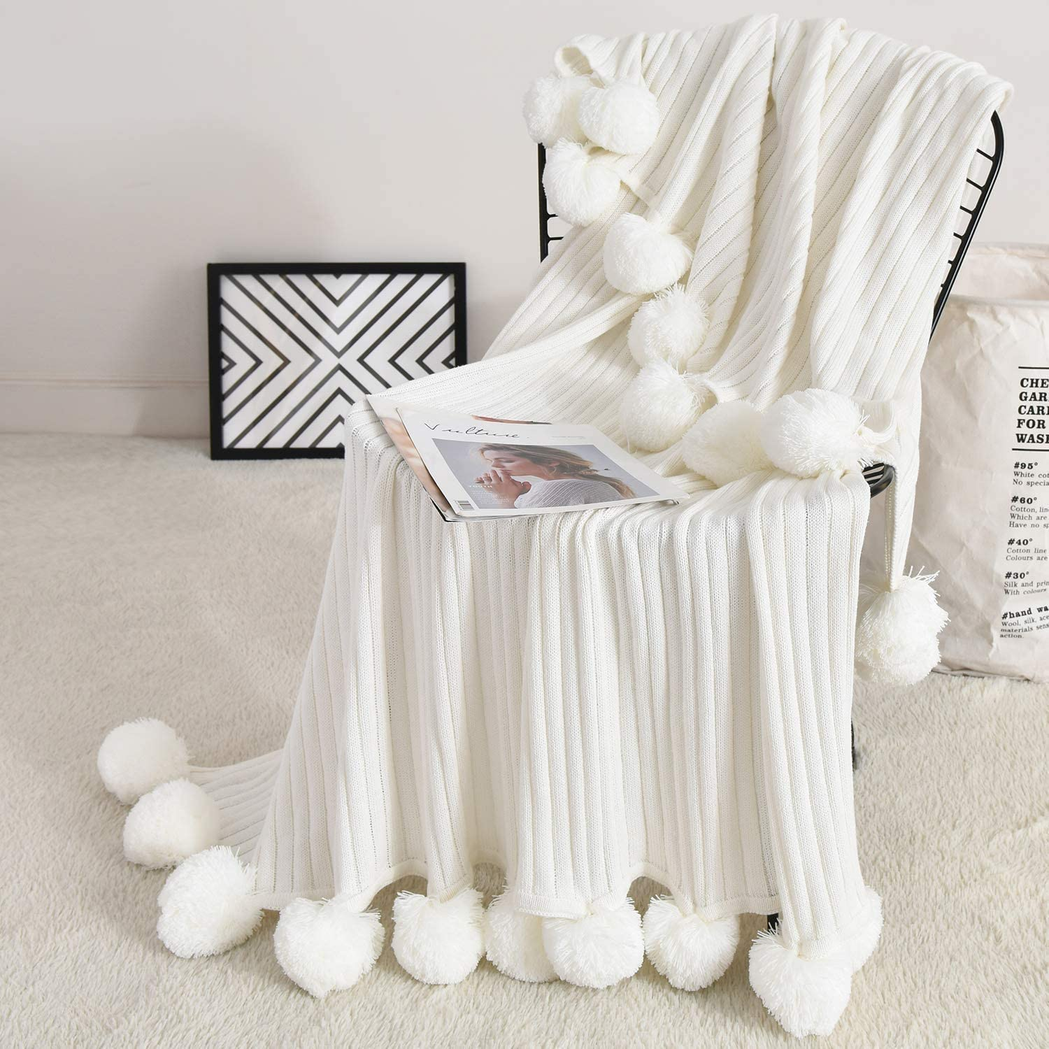 Fomoom Pom Throw Blanket Tas with Pompom Knit New Free NEW before selling Shipping