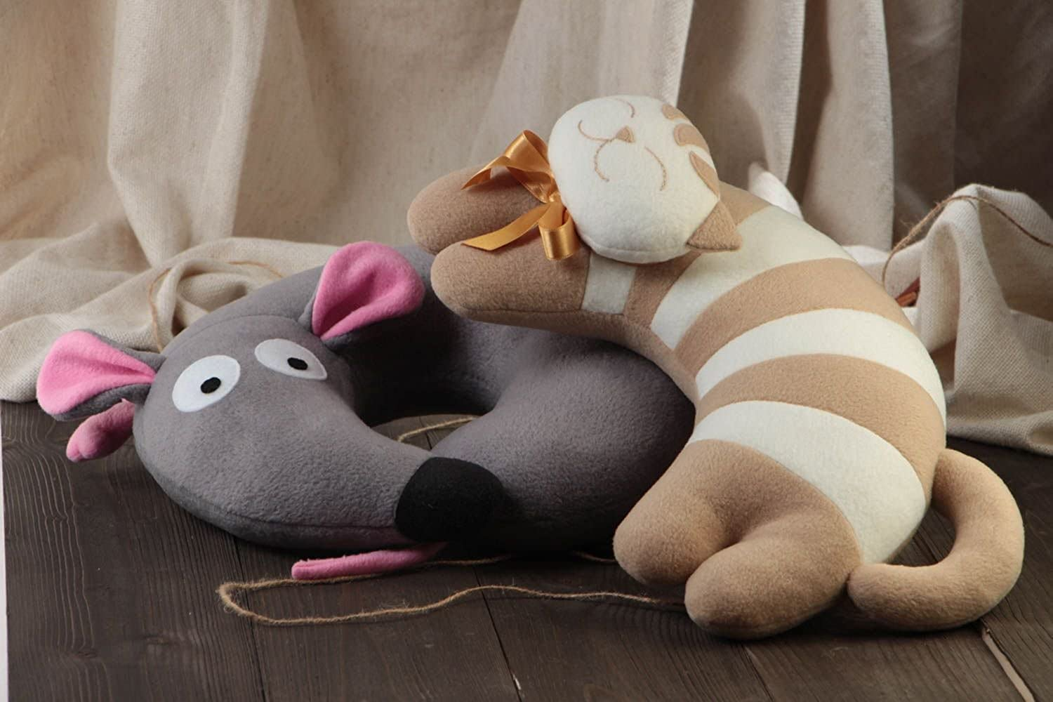 Set Of Handmade Soft Travel Pillows 2 Pieces Mouse And Cat Pillow Pets