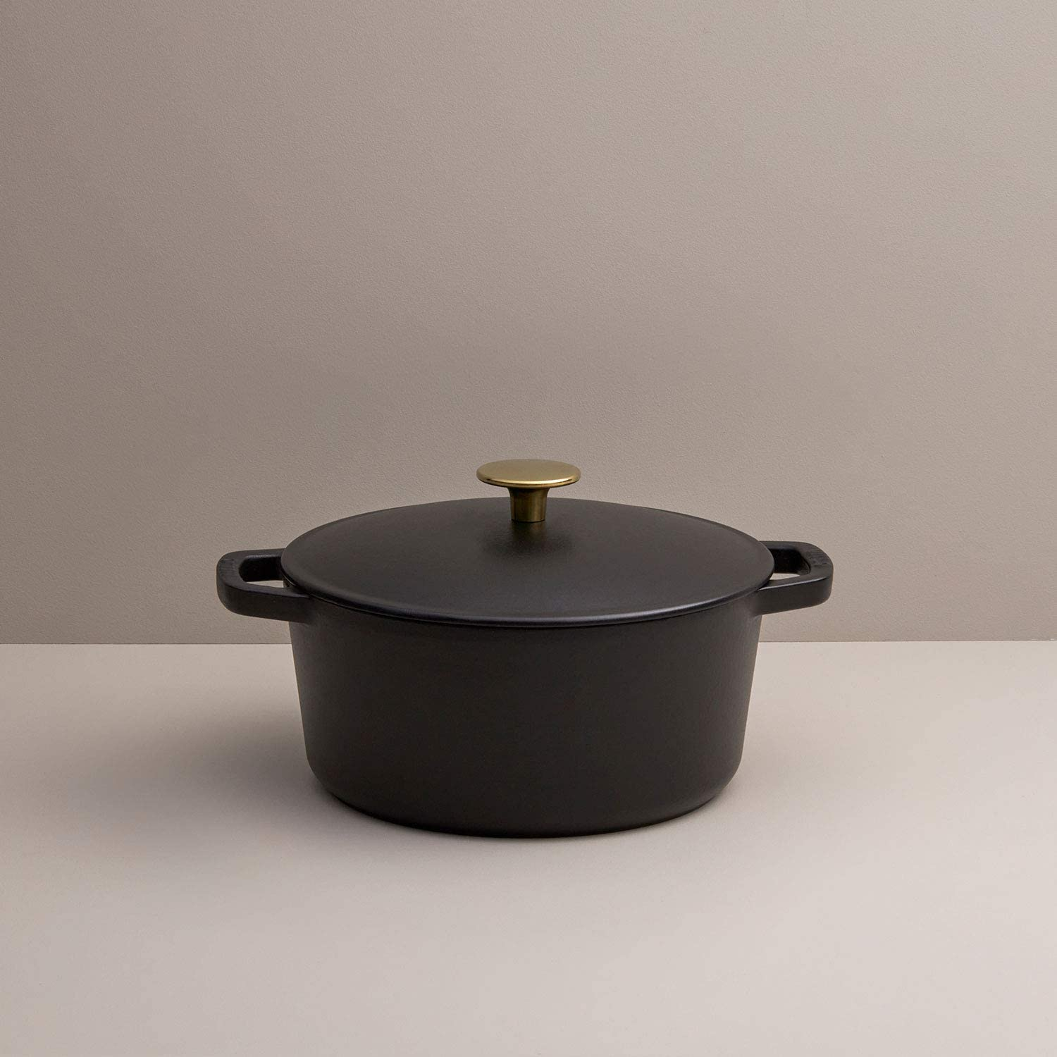 Milo Courier shipping free shipping Cast Iron Covered Dutch in Time sale 3.5-quart Enameled Oven Black
