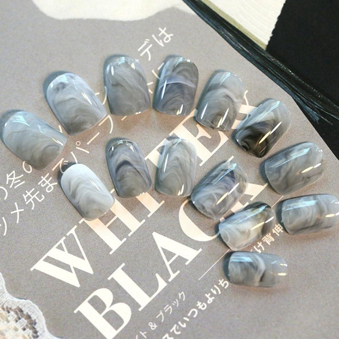 アカデミー枠わがまま24pcsグレー大理石の指の先端短い偽の爪アクリルフルカバーネイル