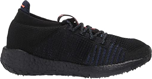 Core Black/Boost Blue Violet Metallic/Dash Grey