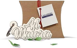 Portachiavi in legno con la scritta AD MAIORA e scatola di confezionamento ideale come regalo o come bomboniera - I Maestr...