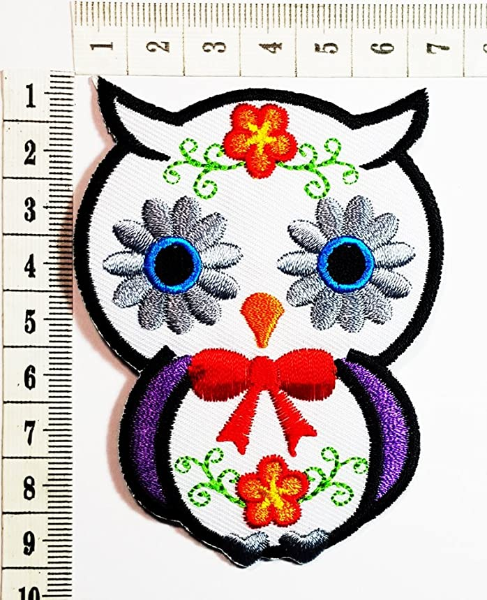 white Owl Cartoon patch Cartoon Children Kids Embroidered Iron patch / Sew On Patch Clothes Bag T-Shirt Jeans Biker Badge Applique