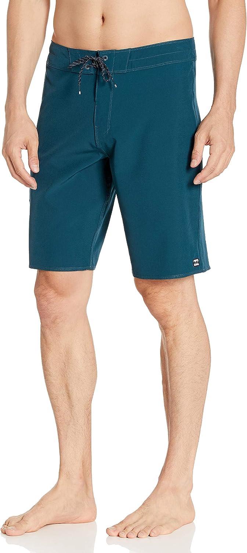 Sale item Billabong Men's Classic Stretch Outseam Inch Boardshort 20 Soldering