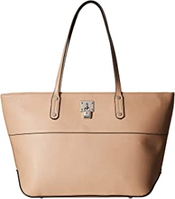 It Girl Lock Tote