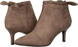 <b>Women's Shoes</b> Latest Styles | 6pm