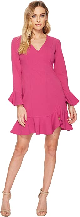 Donna Morgan - Long Sleeve Crepe Dress w/ Ruffle Hem and V-Neck