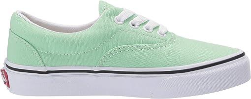 Green Ash/True White