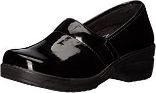 Easy Works Women's LYNDEE Health Care Professional Shoe, Black Patent, 6 Wide