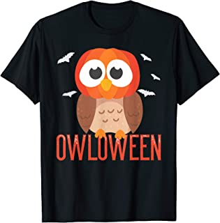 Owl Halloween Owloween pumpkin head and bats Gift T-Shirt