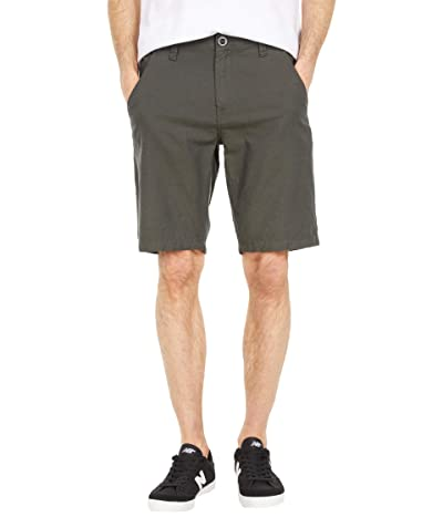Volcom The Down Lo 20 Shorts (Military) Men