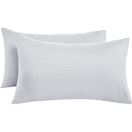 Amazon Basics Deluxe Microfiber pillow case(s) – 50 x 80 cm x 2, Bright White