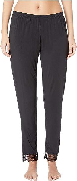 Vika - The Classic Lace Slim Pants