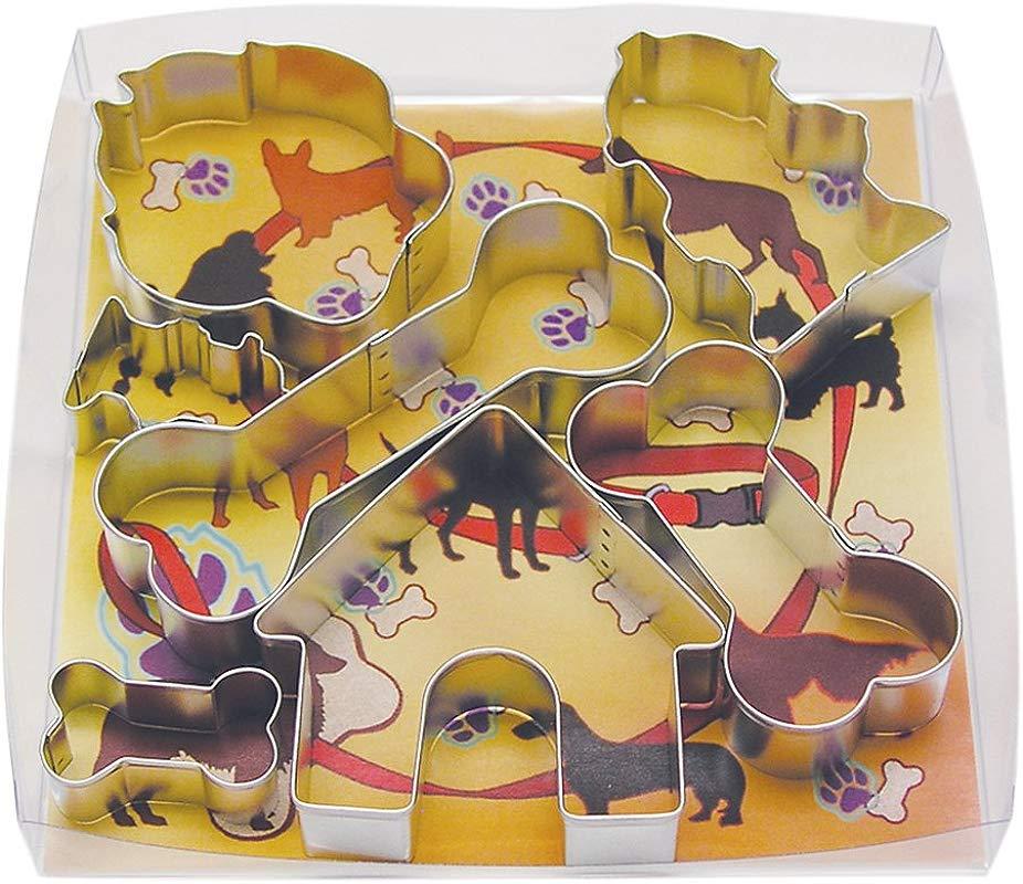 R M International 1947 Dog Cookie Cutters House 2 Fire Hydrants Paw 3 Bones 7 Piece Set