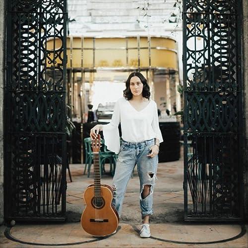 Young Dumb & Broke de Natalia Plasencia en Amazon Music ...