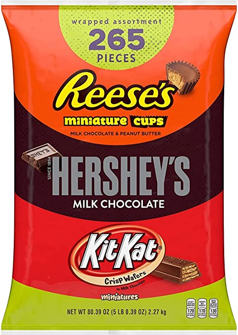 265-Pieces Reese's, Hershey's & Kitkat Assorted Milk Chocolate Miniatures Halloween Candy, 80.39 oz