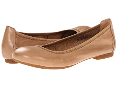 Born Julianne (Noche (Tan)) Women