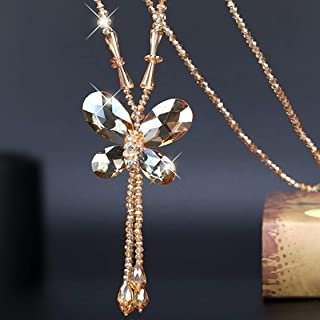 Collar elegante con mariposa en campan de cristal de Roca