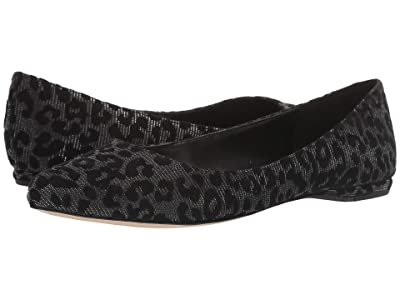 Nine West SpeakUp Flat (Black 4) Women