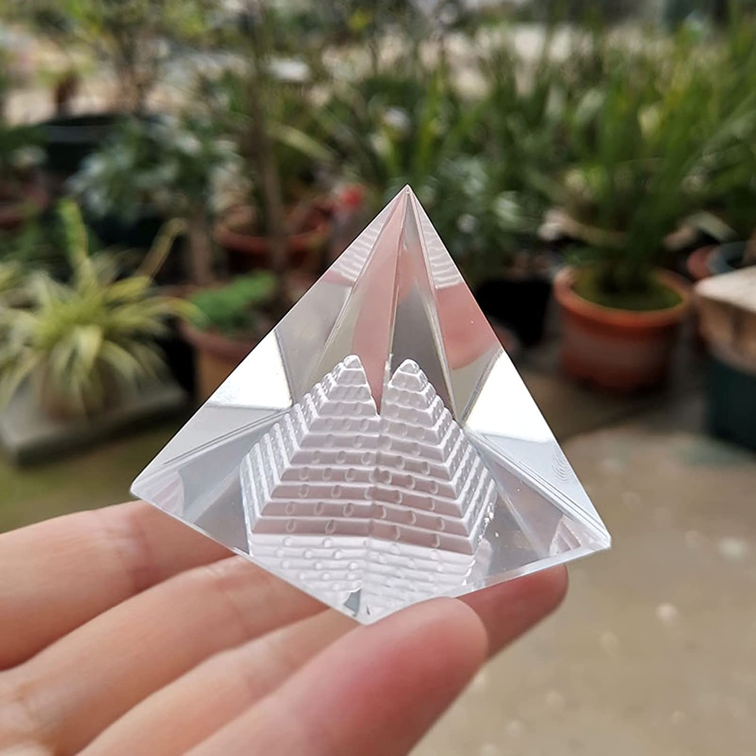 Crystal Japan Maker New Hollow Egypt Factory outlet Pyramid Glass Figurine Paperweight Fengshui