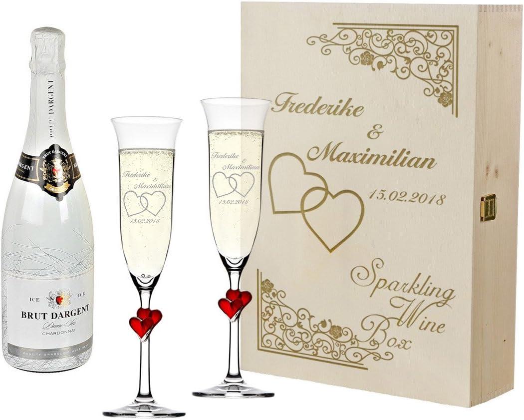 Photo de 2-coupes-a-champagne-avec-coeurs-rouges-et-bouteille-de
