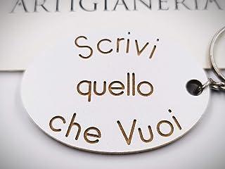 ArtigianeriA - Portachiavi in legno, personalizzato con testo a scelta. Realizzato a mano interamente in Italia. Idea rega...