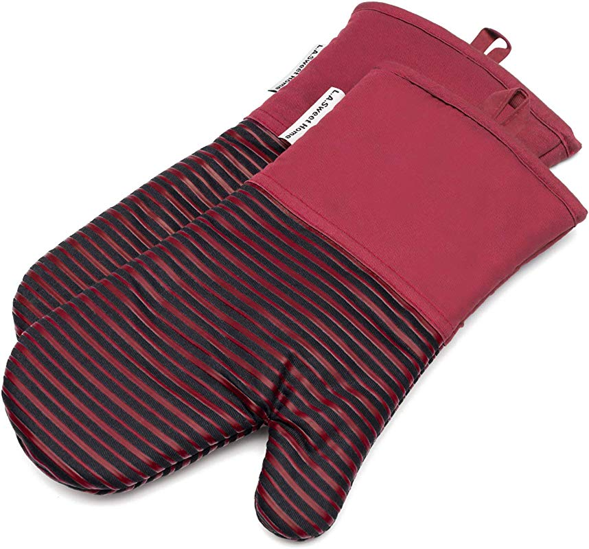Silicone Oven Mitts 464 F Heat Resistant Potholders Striped Pattern Cooking Gloves Non Slip Grip For Kitchen Oven BBQ Grill Cooking Baking 7x13 Inch As Christmas Gift 1 Pair Red By LA Sweet Home