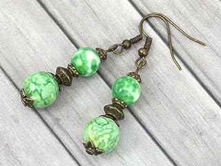 Orecchini pendenti in bronzo con perle di giada colorate verdi e gialle