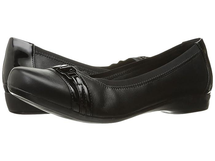 Clarks  Kinzie Light (Black Combo) Womens Flat Shoes