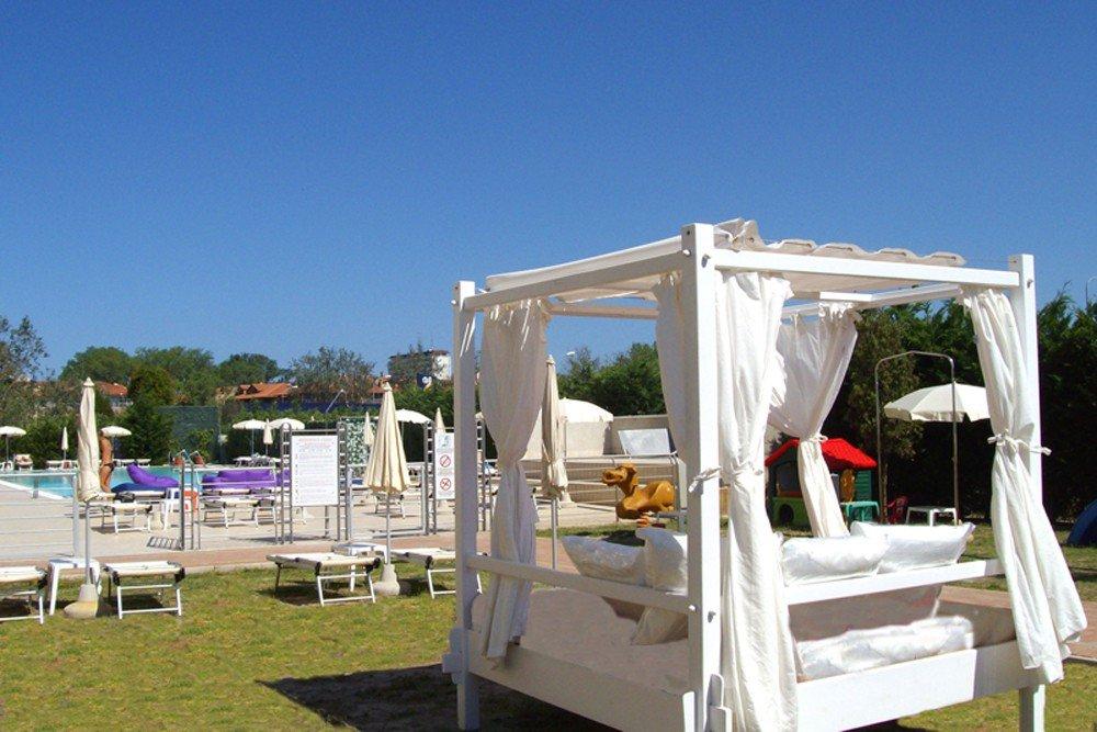 Viaje faros – 4 días playa vacaciones en la Residence Cleo en ...