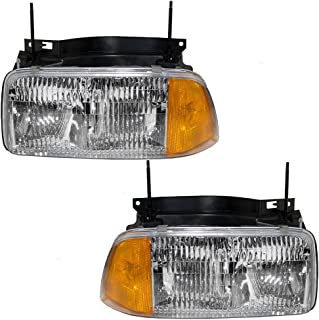 Driver and Passenger Halogen Composite Headlights Headlamps Replacement for GMC Pickup Truck SUV 16525157 16525158