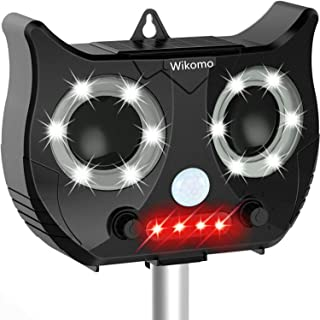 Wikomo Pest Repeller, Solar Powered Ultrasonic Animal Repeller with Ultrasonic Sound,Motion Sensor and Flashing Light Waterproof Outdoor pest Repeller for Cats, Dogs, Squirrels, Moles, Rats