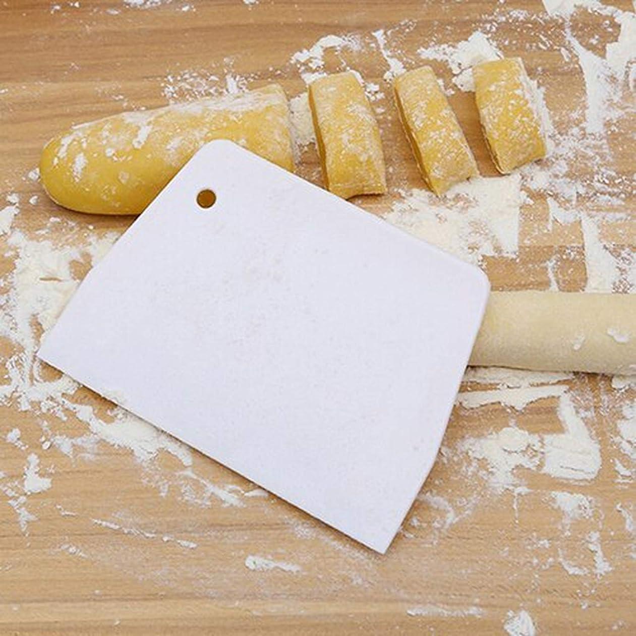指標寛容富キッチンツールアクセサリープラスチック製キッチンツールを飾る人気のペストリー生地スクレーパーブレード焼き菓子、
