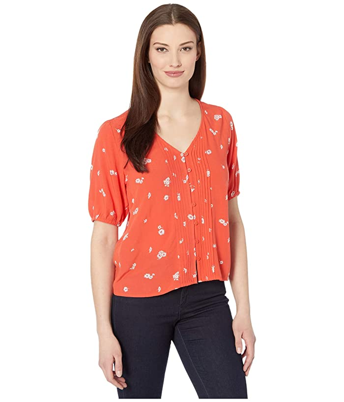 Lucky Brand  Short Sleeve Scoop Neck Printed Pin Tuck Top (Red Multi) Womens Clothing