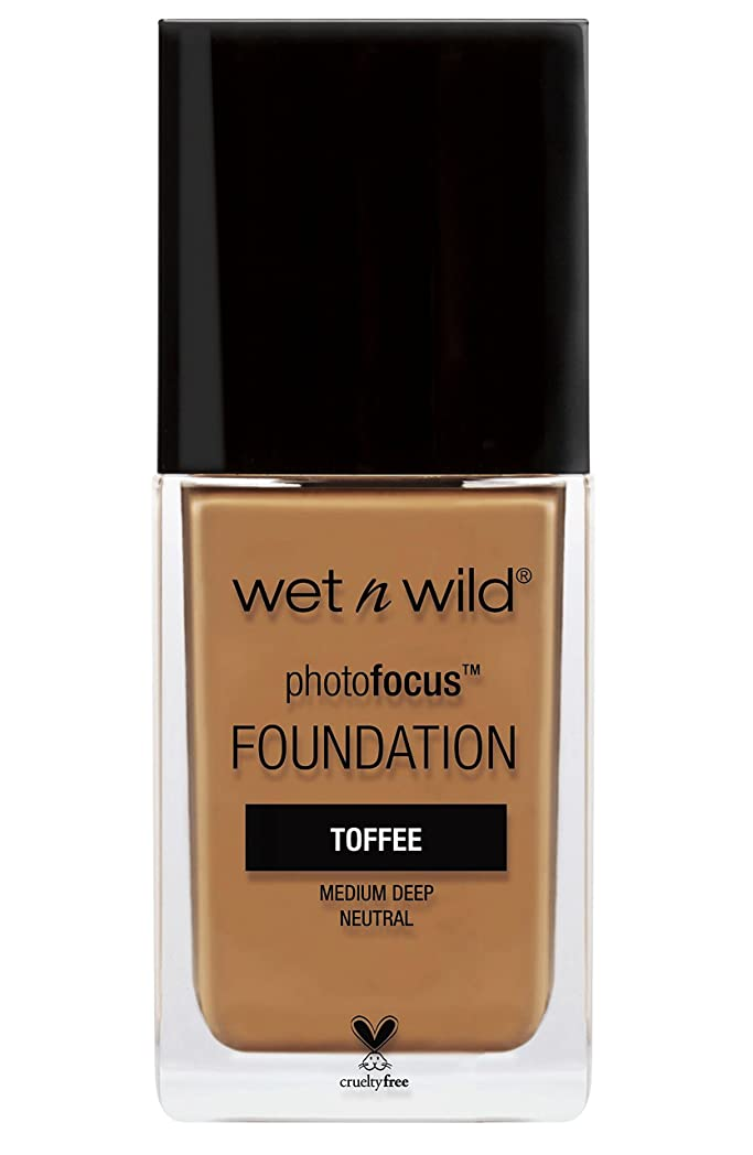 滑るスチュアート島トークンWET N WILD Photo Focus Foundation - Toffee (並行輸入品)