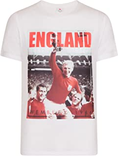 England Soccer Gift Bobby Moore 1966 World Cup Winners Mens T-Shirt