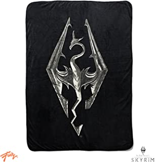 Skyrim Collectibles   Skyrim Dragon Emblem Fleece Throw Blanket   45 x 60 Inches
