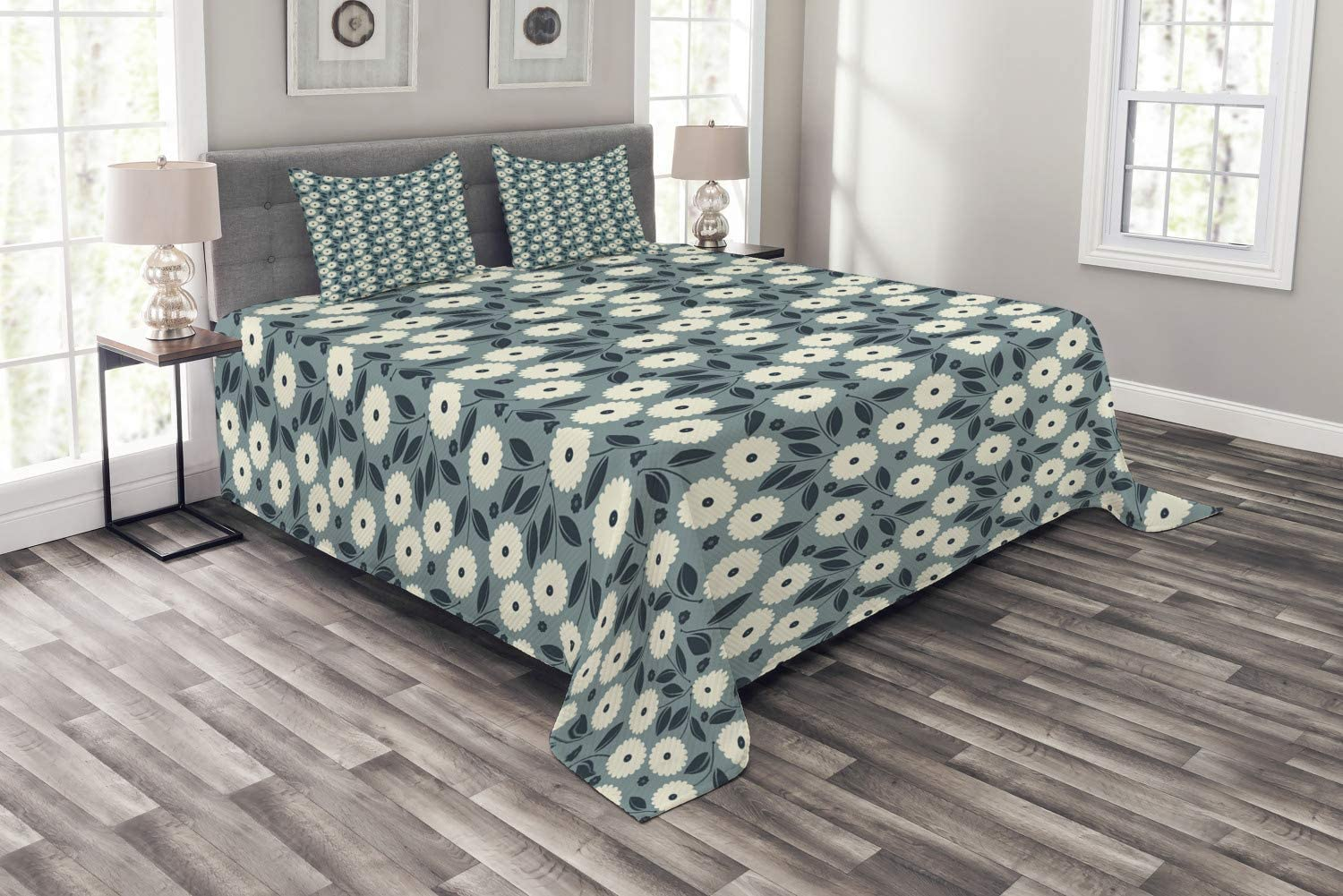 Ambesonne Ivory and Blue High quality store new Bedspread Style Garden Art of Bouquet
