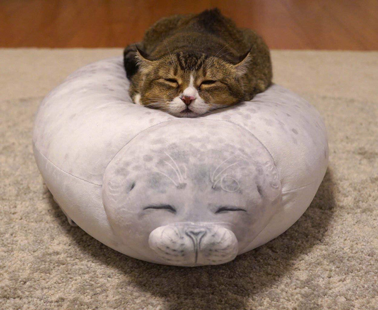 Rainlin Cute Blob Seal Pillow Round Chubby Seal Pillow Soft Hug Plush Pillow Stuffed Cotton Animals Plush Toy Small(13.0 x6.7 x5.1 inches Grey